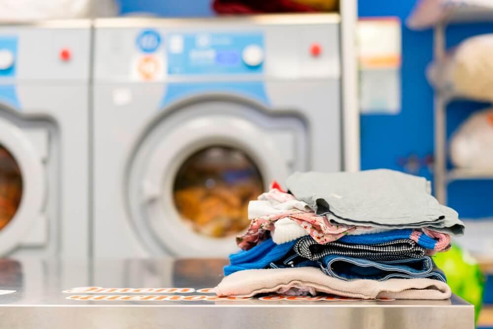 Tips Membersihkan Rumah, bereskan pakaian kotor